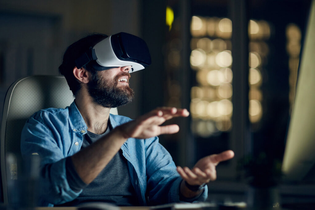Incorporate Virtual Reality Into Your Learning Strategy